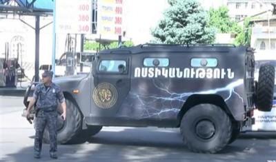Ρωσικές ειρηνευτικές δυνάμεις περιπολούν στην πρωτεύουσα του Nagorno Karabakh