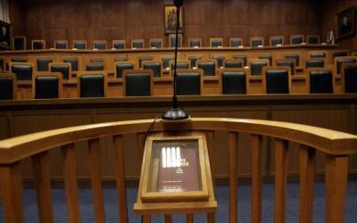 Το πρακτικό της Επιτροπής Λοιμωξιολόγων δεν αναφέρει κλείσιμο των δικαστηρίων - Βερβεσός: Προσφεύγουμε στο ΕΔΔΑ