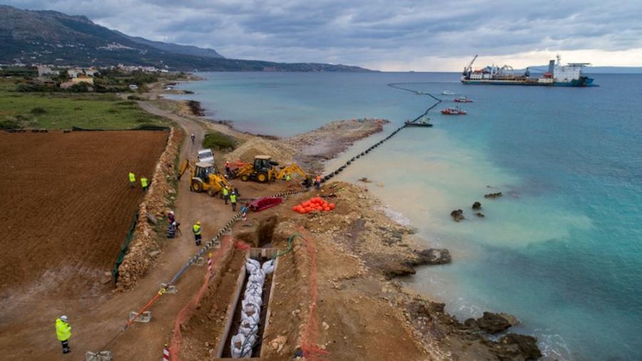 ΑΔΜΗΕ: Το καλοκαίρι η ηλεκτροδότηση της Κρήτης μέσω της διασύνδεσης Χανίων-Πελοποννήσου