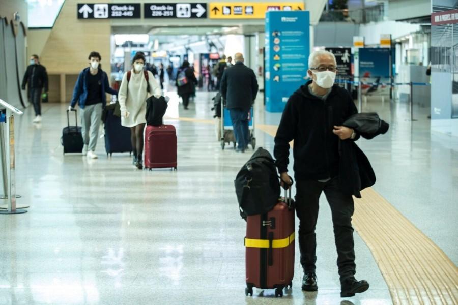 Ο Λευκός Οίκος εξετάζει το άνοιγμα στα ευρωπαϊκά ταξίδια - Ποια χώρα της ΕΕ ξεκινά πτήσεις στις ΗΠΑ
