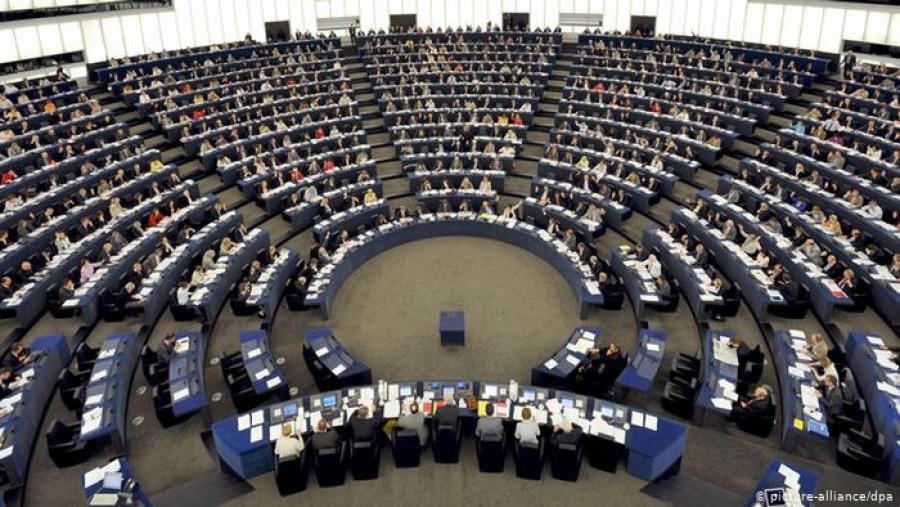 Το Dromeus αγόρασε - επιθετικά - το 2,76% του Υγεία, μεταξύ 0,45 - 0,55 ευρώ, για λογαριασμό Αποστολόπουλου - Τι λέει το Υγεία
