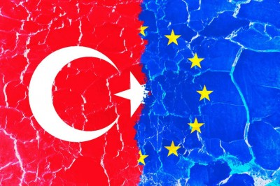 H Irini έφερε ένταση μεταξύ ΕΕ και Τουρκίας... χωρίς αποδείξεις - Η Γερμανία αρνητική στην επιβολή κυρώσεων στις 10-11/12 - Αποχωρεί το Oruc Reis;