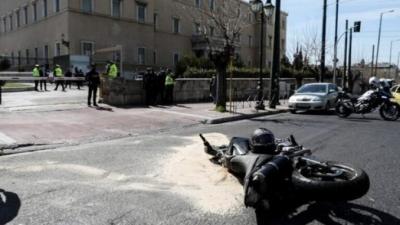 Γιατί δεν συνελήφθη ο αστυνομικός της Μπακογιάννη, που ενεπλάκη στο τροχαίο