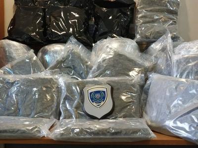 Πάτρα: Βρήκαν σε φορτηγό 65 κιλά κάνναβη - Συνελήφθη ο οδηγός