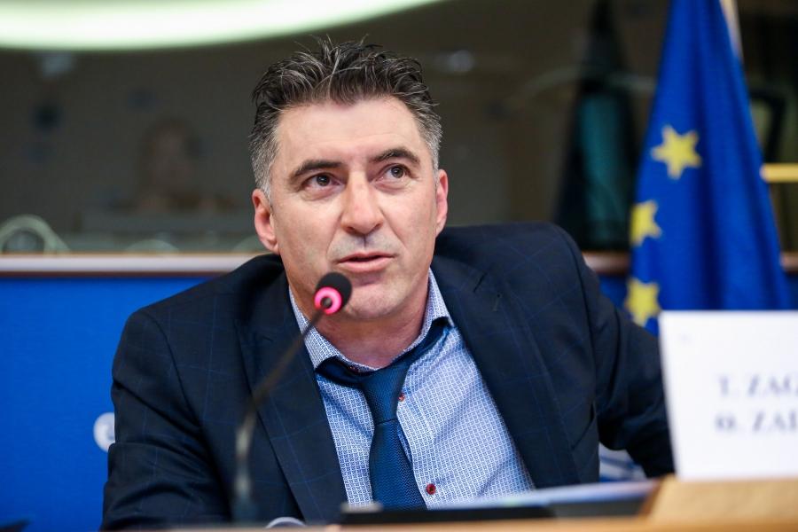 Ζαγοράκης: Στηρίζω τα δικαιώματα των ΛΟΑΤΚΙ, εκ παραδρομής καταψήφισα το τελικό κείμενο στην ΕΕ