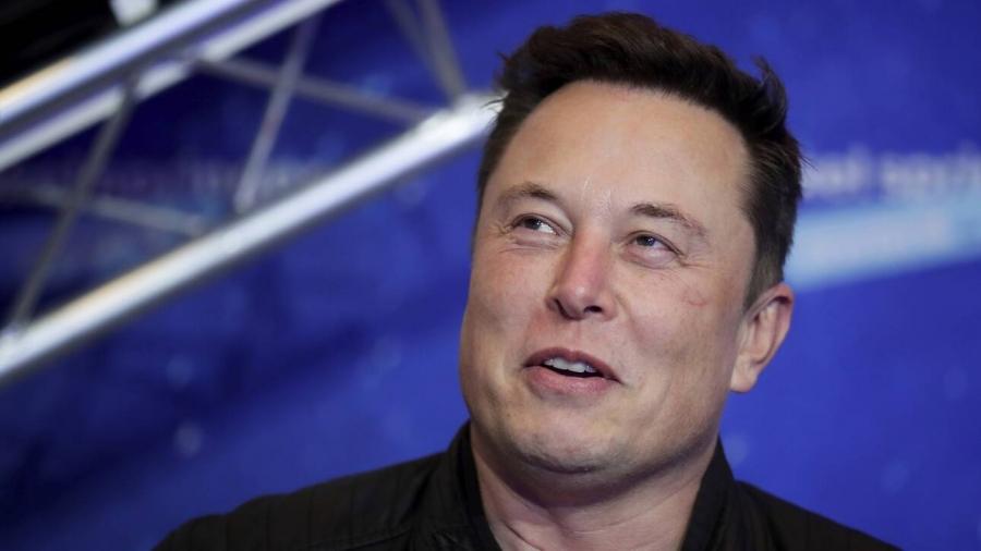 Ο Elon Musk «τρολάρει» τον Kim Yong-un στα... αρχαία ελληνικά!
