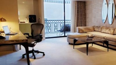 """Η έλλειψη επαγγελματικών ταξιδίων """"χτύπημα"""" στα ξενοδοχεία - Άδεια φέτος τα μισά δωμάτια σε ΗΠΑ"""