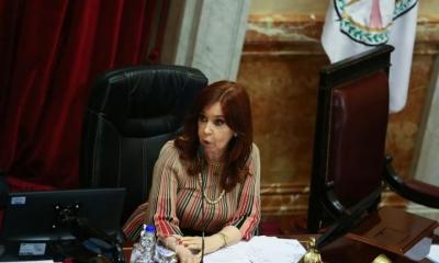 Η αντιπρόεδρος της Αργεντινής ζητεί πάγωμα των συζητήσεων με το ΔΝΤ για το χρέος των 44 δισεκ, λόγω πανδημίας