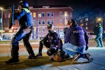 Στην Ολλανδία βίαιες διαδηλώσεις κατά του lockdown και στις ΗΠΑ… τα τρανσέξουαλ στο επίκεντρο