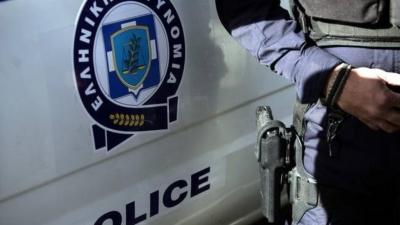 Συναγερμός στην ΕΛ.ΑΣ: Έσπρωξε τον αστυνομικό και απέδρασε κρατούμενος από την Υποδιεύθυνση Ασφαλείας Αθηνών