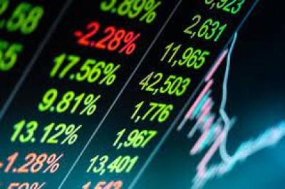 Λίγο μετά το άνοιγμα του ΧΑ – Επιλεκτικές κινήσεις με το βλέμμα στα αποτελέσματα και τις ξένες αγορές
