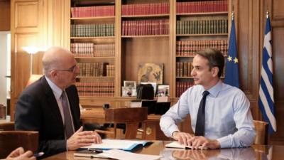 Η Ελλάδα ζητά σύγκληση Συμβουλίου Εξωτερικών Υποθέσεων της ΕΕ - Στο Μέγαρο Μαξίμου ο Δένδιας