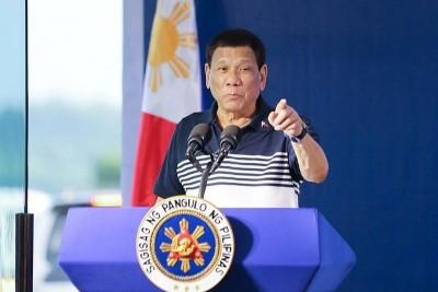 Εθελοντής για τις δοκιμές του ρωσικού εμβολίου ο πρόεδρος των Φιλιππίνων