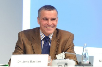 Bastian (πρώην Task Force): Οι εκλογές στην Ελλάδα να γίνουν στην ώρα τους - Κίνδυνος από τις εικασίες περί πρόωρης προσφυγής στην κάλπη