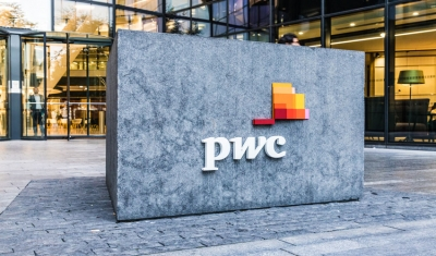 PwC: Ψηφιακή αναβάθμιση για τους εργαζόμενους στο lockdown