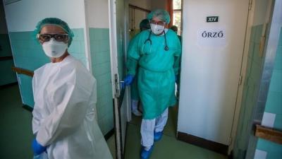 Ουγγαρία - Χορήγηση και τρίτης δόσης εμβολίου για τον κορωνοϊό - Υποχρεωτικός ο εμβολιασμός στους υγειονομικούς