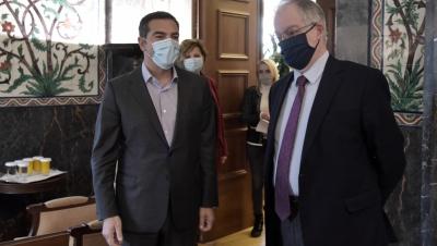 Σφοδρή κόντρα Τσίπρα - Τασούλα - O ΣΥΡΙΖΑ θα «σπάσει» την καραντίνα στη Βουλή