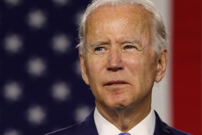 Biden: «Ελπιδοφόρο» το πρόγραμμα χορήγησης αναμνηστικών δόσεων του εμβολίου