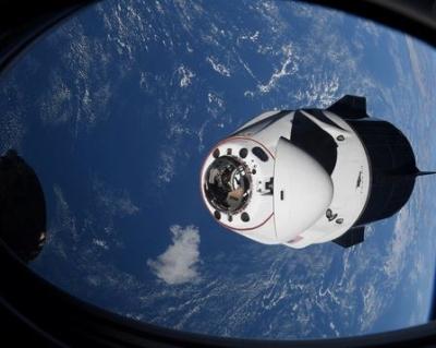 Διάστημα - SpaceX: Επιτυχημένη η πρώτη αποστολή με τους τέσσερις τουρίστες - Επέστρεψαν στη Γη