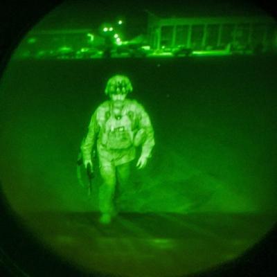 ΗΠΑ: Ο τελευταίος Αμερικάνος στρατιώτης που έφυγε από το Αφγανιστάν ύστερα από 20 χρόνια πολέμου