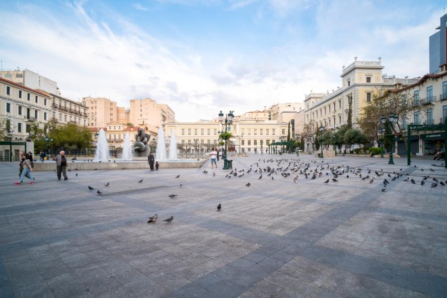 Τρείς πλατείες και ένα…θέατρο - Η στρατηγική του λάθους για τον ΣΥΡΙΖΑ
