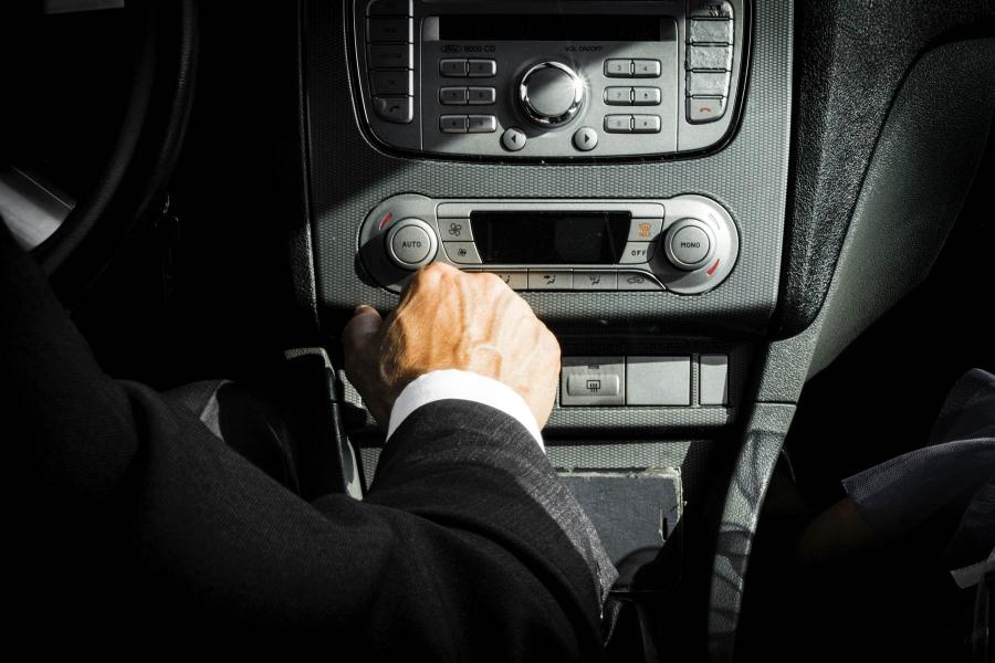 Μπορώ να έχω ανασφάλιστο όχημα με πινακίδες κυκλοφορίας;