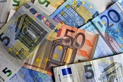 Καταβάλλεται την Παρασκευή 18/9 η αποζημίωση ειδικού σκοπού 534 ευρώ - Οι δικαιούχοι