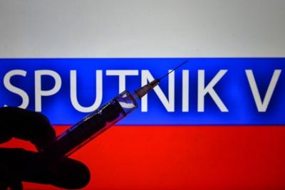 Ρωσία: Με πλαστά πιστοποιητικά το 80% όσων νόσησαν βαριά από covid και δήλωναν εμβολιασμένοι