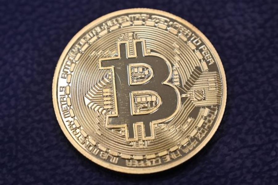 Πτώση 3,61% για το Bitcoin στα 35.888 δολάρια