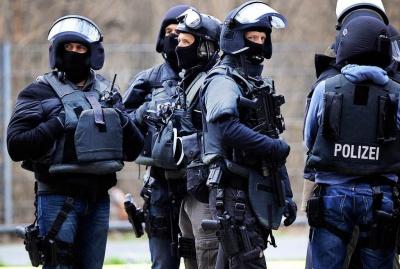 Γερμανία: Στο στόχαστρο των αρχών απειλητικά e-mails από νεοναζί