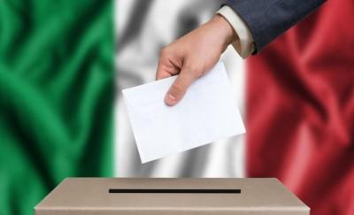 Ιταλία: Προβάδισμα της κεντροαριστεράς στην Τοσκάνη - Προς άνετη νίκη του «Ναι» στο δημοψήφισμα για μείωση βουλευτών