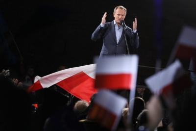 Πολωνία: Ο Tusk εξελέγη αρχηγός του φιλοευρωπαϊκού μετώπου της αντιπολίτευσης