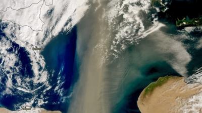 Σύννεφο αφρικανικής σκόνης 800 χιλιομέτρων πάνω από την Ελλάδα και τα Βαλκάνια - Εντυπωσιακή εικόνα