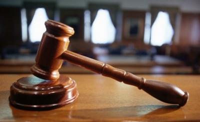 Καταδικάζει η Ένωση Δικαστών και Εισαγγελέων την επίθεση σε πολυκατοικία της Θεσσαλονίκης όπου διαμένει δικαστής