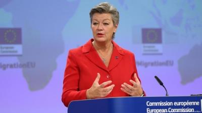Προειδοποίηση Johansson (ΕΕ) προς Ελλάδα: Παραβιάζετε ευρωπαϊκές αξίες, σταματήστε τις επαναπροωθήσεις μεταναστών