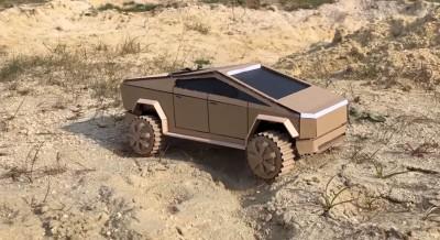 Ακόμη και εσύ μπορείς να φτιάξεις ένα Tesla Cybertruck!