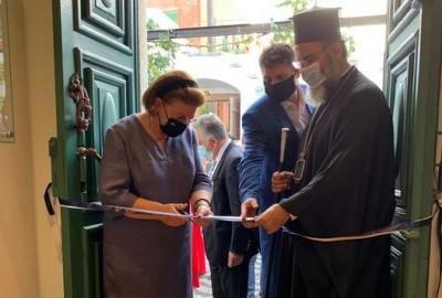 Στα εγκαίνια του ανακαινισμένου Διαχρονικού Μουσείου Σύμης η Μενδώνη: Κάθε γωνιά της Ελλάδος δικαιούται ένα Μουσείο