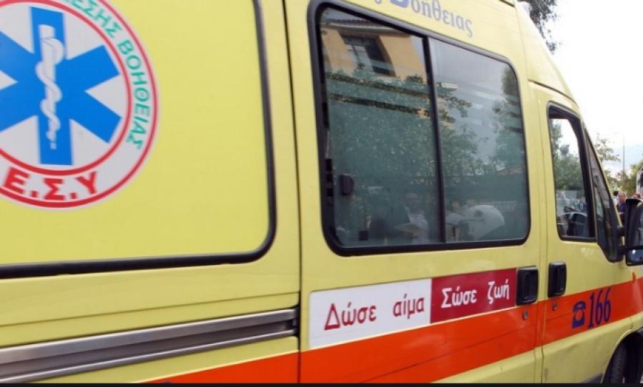Ναυάγιο στους Παξούς - EKAB: Στο νοσοκομείο Πρέβεζας διεκομίσθηκαν με ασθενοφόρα 3 άτομα