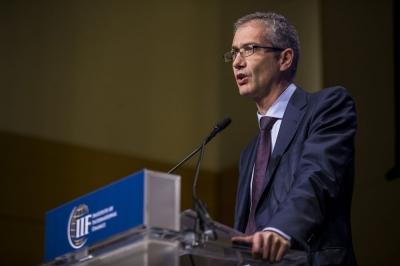 De Cos (EKT): Να διατηρηθεί η ευελιξία του προγράμματος αγοράς ομολόγων και μετά την πανδημία