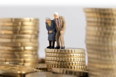 Πως θα δοθούν αναδρομικά ως 2.500 ευρώ και αυξήσεις με το νέο υπολογισμό των συντάξεων