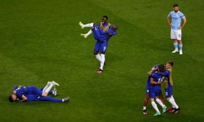 Οι στιγμές που οι ποδοσφαιριστές γίνονται και πάλι παιδιά!