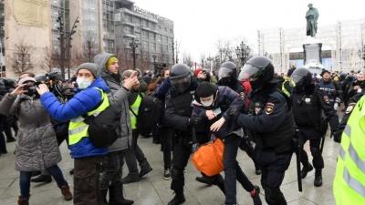 Ρωσία: Η αστυνομία συνέλαβε 20 υποστηρικτές του Navalny σε διαδήλωση στη Μόσχα