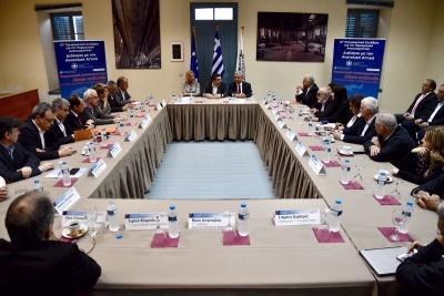 Στο Λαύριο ο Τσίπρας - Σύσκεψη με τους Υπουργούς που συμμετέχουν στο 12ο Περιφερειακό Συνέδριο για την Παραγωγική Ανασυγκρότηση