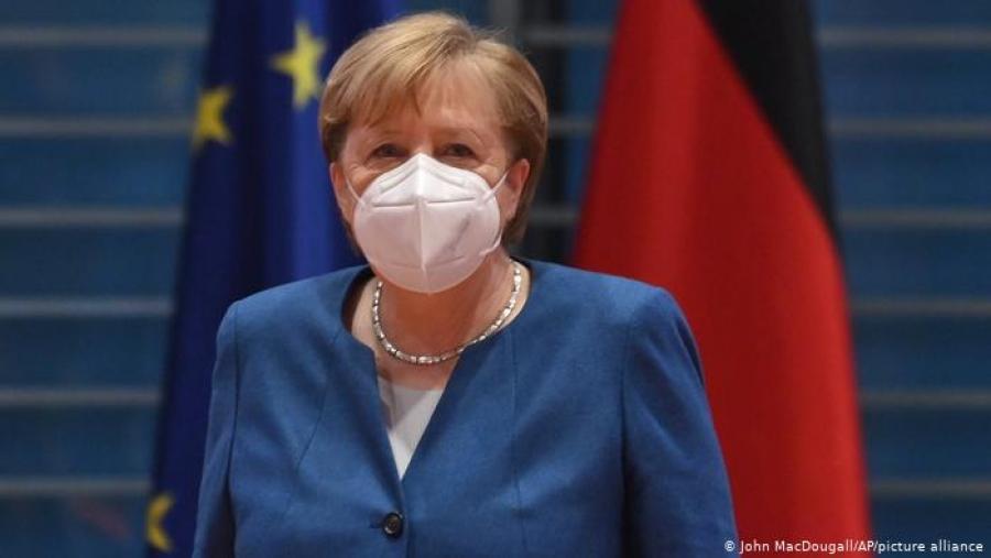 Γερμανία: Προσεκτική χαλάρωση των μέτρων συνιστά η Merkel