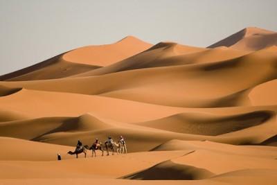 Η αμερικανική Zero Mass Water μετατρέπει τον αέρα της ερήμου σε εμφιαλωμένο νερό