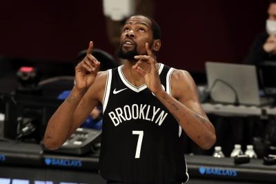 Kevin Durant: Οι 5 κορυφαίες μπασκετικές παραστάσεις του στα playoffs του NBA (video)