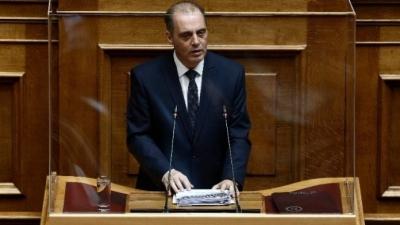Βελόπουλος: Η κυβέρνηση χωρίζει τα ελληνόπουλα σε δυο κατηγορίες -  Διχάζει τους Έλληνες σε εμβολιασμένους και μη
