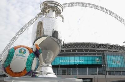 Αποκλειστικό: Με 60.000 θεατές ο τελικός στο Wembley - Υποχωρούν στο θέμα καραντίνας οι Άγγλοι με UEFA!