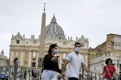Iταλία: Υποχρεωτική παντού η χρήση μάσκας για την αντιμετώπιση του κορωνοϊού