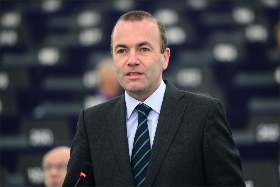 Weber (ΕΛΚ): Ο εκβιασμός δεν είναι ανεκτός - Στηρίζουμε Ελλάδα και Κύπρο